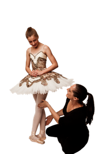 Lisa howell treating young dancer